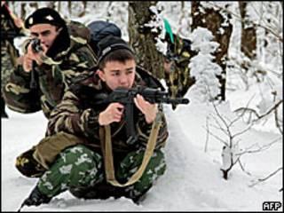 Российские солдаты во время учений