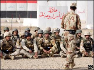 تدريب لقوات عراقية استعدادا للانتخابات