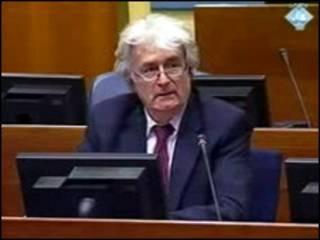 Radovan Karadzic no tribunal de Haia