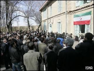 مراسم بزرگداشت دکتر محمد مصدق در احمد آباد