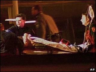 Herido evacuado de estación de metro cerca del Pentágono.
