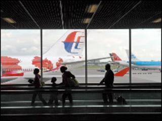 Аэропорт Схипхол под Амстердамом