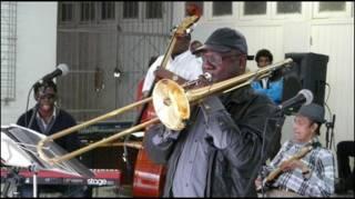 Orquesta Buena Vista Social Club en la Escuela Nacional de Arte de La Habana