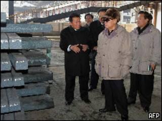 الزعيم الكوري الشمالي كيم جونج إيل