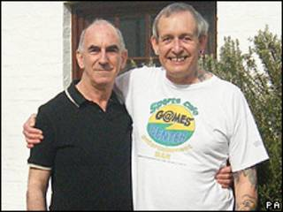 Michael Black (esq.) e John Morgan
