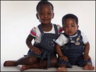 Yolanda e Theo Molemohi, que foram mortos em Manchester (Polícia de Manchester)