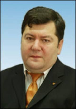 Емануіліс Зінгеріс.