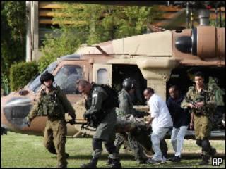 الجيش الإسرائيلي نقل على الفور مصابيه بمروحيتين