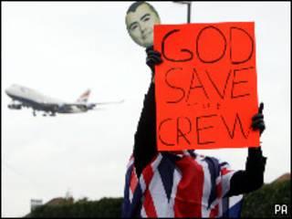 Grevista no aeroporto de Heathrow
