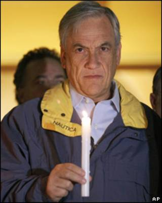 Sebastián Piñera, presidente de Chile, participó de una misa en Concepción a un mes del terremoto