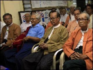 NLD ခေါင်းဆောင်များ အဖွဲ့ချုပ်မှာ နောက်ဆုံးနေ့ အစည်းအဝေး