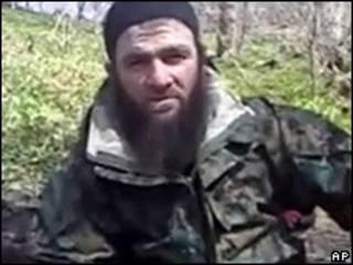 Un hombre que se identificó como el líder rebelde checheno Doku Umarov