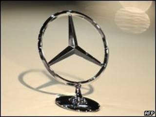 Значок Mercedes-Benz