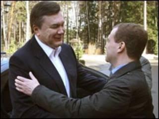 Янукович вже зустрічався цього місяця з Медвєдєвим - 5 квітня