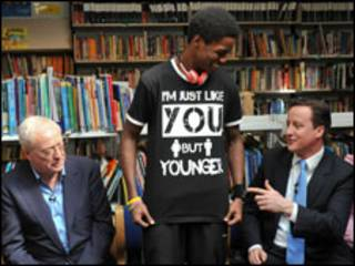David Cameron akiwa katika harakati za kampeni.