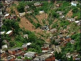 Vista aérea de los daños en Niterói