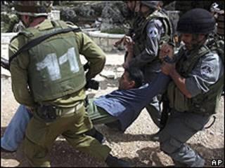 Palestinos podrían ser deportados de Cisjordania
