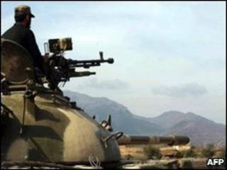 Soldado no norte do Paquistão (arquivo)