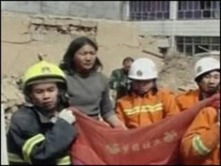 玉樹地震倒塌的房屋