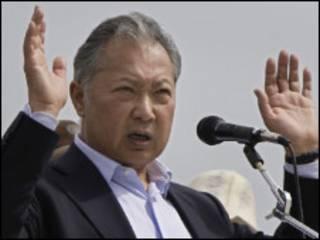 رئيس قرغيزستان المخلوع كرمان بك باكييف