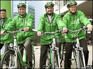 Ciclistas en Europa por la energía sustentable