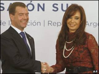 Президент России Дмитрий Медведев и президент Аргентины Кристина Киршнер