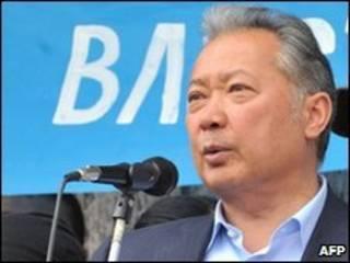 O presidente deposto Kurmanbek Baiyev