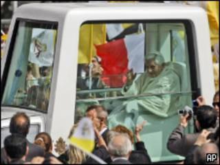 El Papa llega a decir la misa en Malta