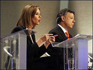 Los candidatos presidenciales colombianos Noemí Sanín y Juan Manuel Santos
