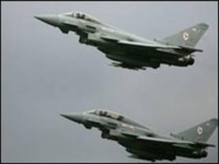 طائرات تايفون العسكرية البريطانية