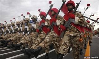 جنود ايرانيون