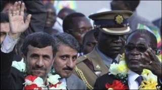 الرئيس الإيراني، أحمدي نجاد يزور روبرت موجابي