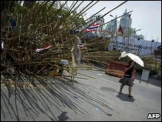 Người áo đỏ vẫn duy trì khu căn cứ của họ giữa lòng Bangkok