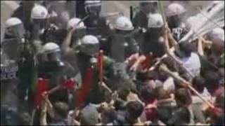 تصویری از درگیری میان پلیس یونان و تظاهرات کنندگان