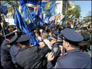 Мітинги опозиції 27 квітня у Києві