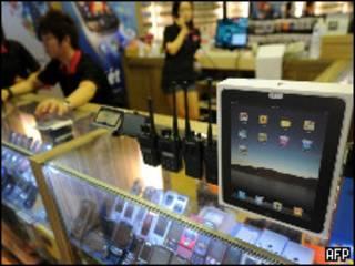 iPad на прилавке