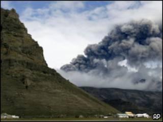 облако пепла в Исландии