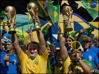 Hinchada brasileña