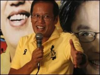 """Thuợng nghị sĩ Benigno """"Noynoy"""" Aquino tiến gần đến thắng cử"""