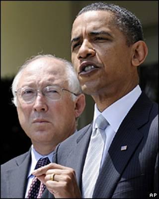 Barack Obama e Ken Salazar na Casa Branca