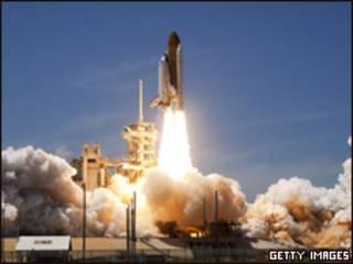 Atlantis decolou na tarde desta sexta-feira na Flórida (Getty Images)