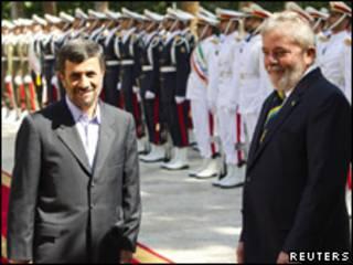 Ahmadinejad e Lula em Teerã
