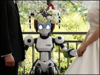 زواج في طوكيو بواسطة إنسان آلي