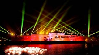 शंघाई में लेज़र शो