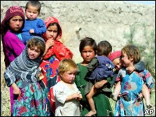 Таджикские деочки-подростки