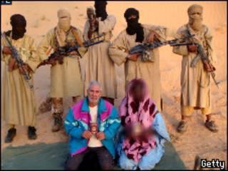 صورة من الأرشيف تعود لاختطاف سائحين إيطاليين في مالي