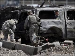 صحنه حمله انتحاری کابل - 18 مه