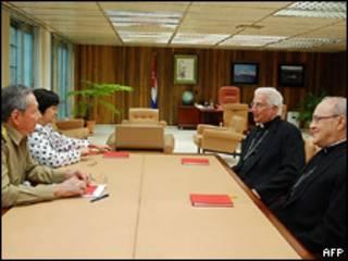 Reunión entre el gobierno y la Iglesia Católica en Cuba