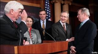 Сенаторы после голосования