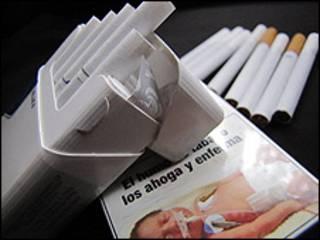 Cajetilla de tabaco chilena.